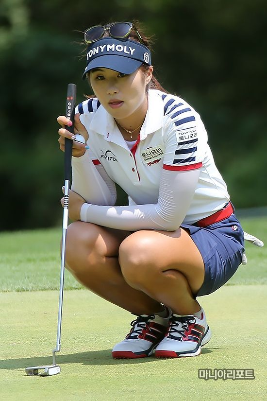 Ladies Golf Clubs – Get Into the Swing of Things | Asian Women Of Golf |  Ladies golf, Golf, Golf fashion