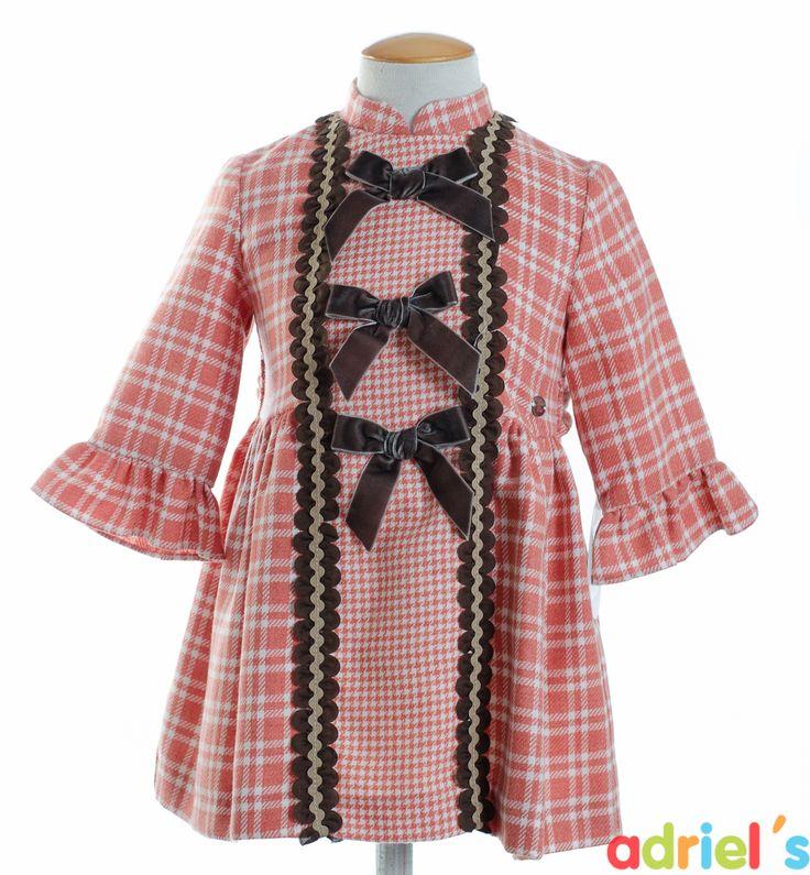 Vestido de Dolce Petit para niña.