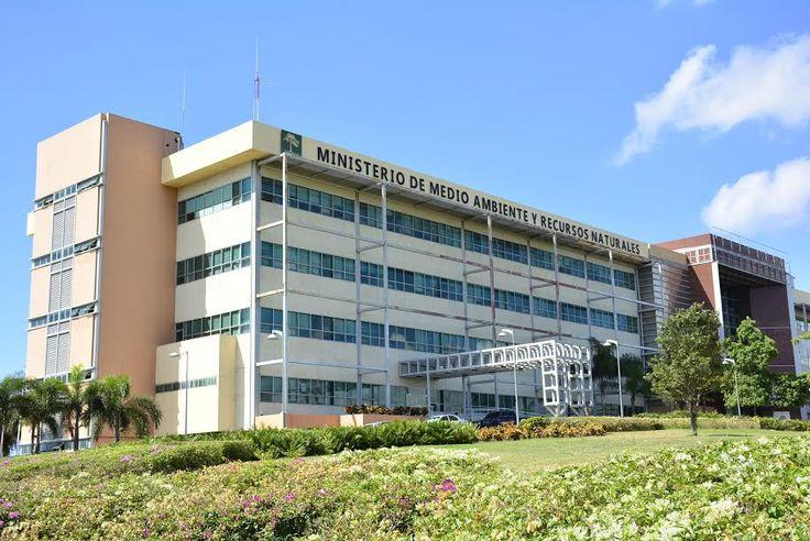 Reabrieron los ministerio de Medio Ambiente y Turismo tras fumigación por bacteria