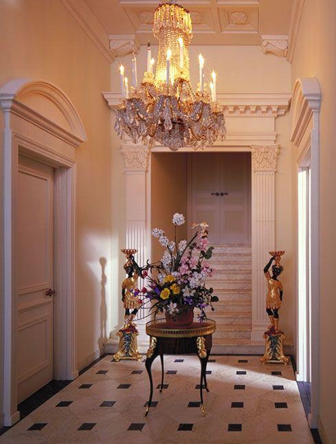 Chateau margaux front entry hall mini hallways for Chateau margaux
