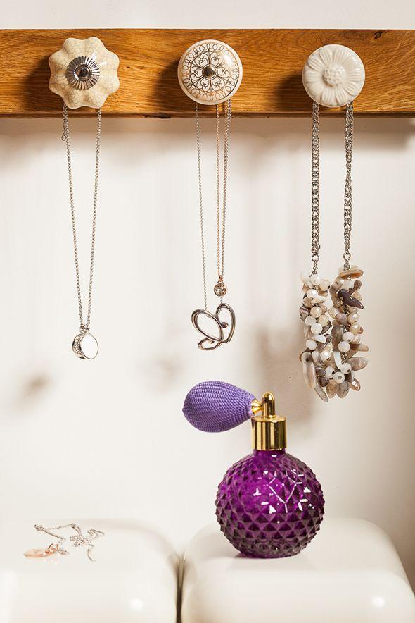 #dyi #biżu #biżuteria #zróbtosam #doityourself #jewelry #jewellery #fashion  http://radoscodkrywania.tchibo.pl/7-sposobow-na-kreatywne-przechowywanie-bizuterii