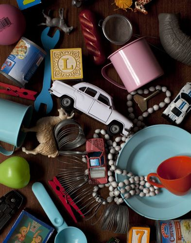 little objects / photography Seth Smoot   (makes me think some of my favorite hidden object games!)