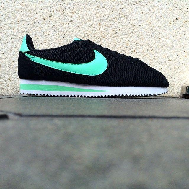 Nike Classic Cortez Nylon  Black Mint  fa85a178bc
