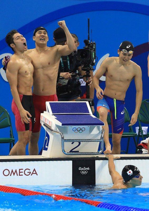競泳男子 800 メートルリレーで日本が銅メダルを獲得!この競技でメダルを獲得するのは東京五輪以来となる 52 年ぶりの快挙!リオデジャネイロオリンピック・リオ五輪 2016