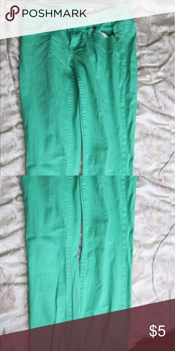 Green skinny Jeans Stretchy skinny jeans in green. Low rise Pants Skinny