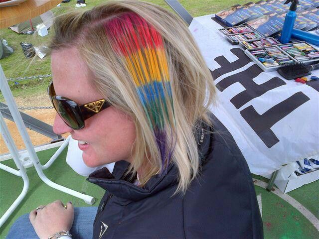 Hair chalk by Staedtler at Rocking the daisies. By Justine Taitz