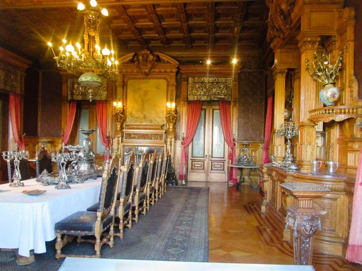 Chapultepec Castle: Facts & Photos - Christobel Travel