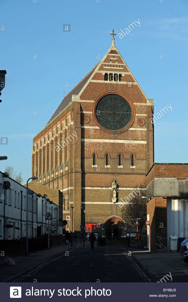 Download this stock image: St Bartholomews Church also known as the Noahs Ark church in Brighton city centre uK - BY86J9 from Alamy's library of millions of high resolution stock photos, illustrations and vectors.