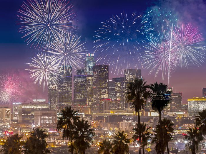13 Los Angeles New Year S Eve Ideas To Ring In 2019 In Style Photographing Fireworks Fireworks Photography New Years Eve
