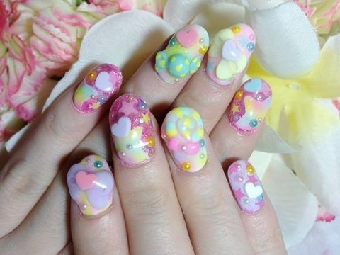 Les ongles délirants de Kyary Pamyu Pamyu, icône fashion de la J pop
