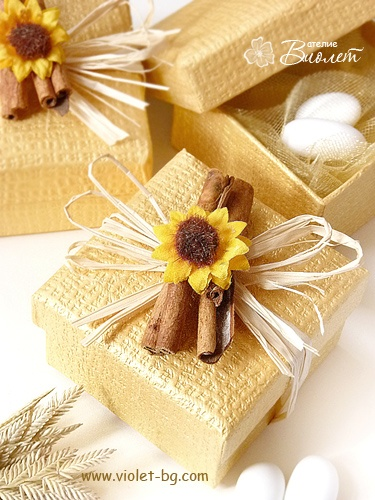 Sunflower and cinnamon #bonbonniere | wedding favor box from http://www.violet-bg.com/