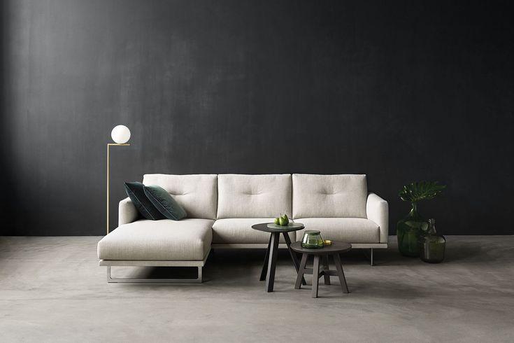 Dank der Kompaktheit und der, im Rückenunterbau, verstaubaren Kopfstütze passt das Sofa perfekt in jeden Raum, auch bei geringen Platzverhältnissen.