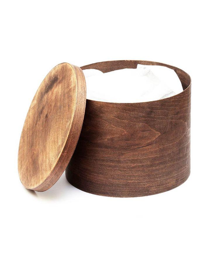 Шляпные коробки продаются только в комплекте со шляпами Состав: дерево, воск