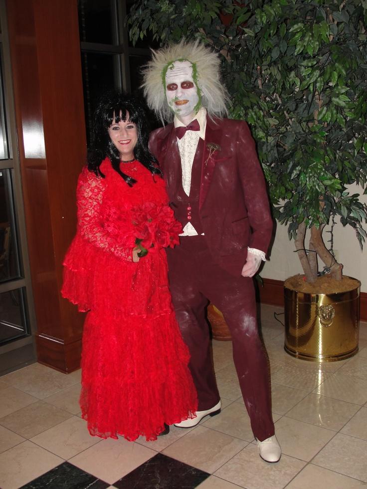 Beetlejuice and lydia deetz costume halloween for Lydia deetz wedding dress