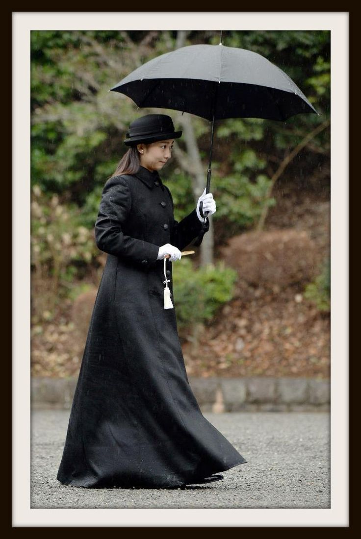 Princess Kako of Akishino Visits Musashi Imperial Graveyard 佳子さま、成人の報告で武蔵陵墓地ご参拝 #PrincessKako #佳子さま #成人 #ご参拝