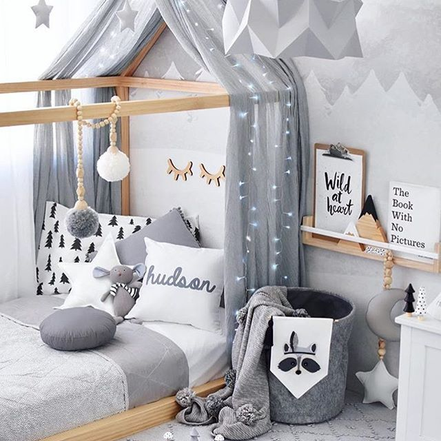 We ❤️❤️❤️ @hudson_and_harlow #love #boysroom #gutterom #girlsroom #jenterom #interiør #inspo #barnerom #barneinteriør #barneinspo #barneromsinteriør #gravid #nyfødt #newborn #babyroom #barsel #mammaperm #mammalivet #småbarnsliv #interior #kidsinspo #kidsinterior #kidsdecor #nursery #nurserydecor #barnrum