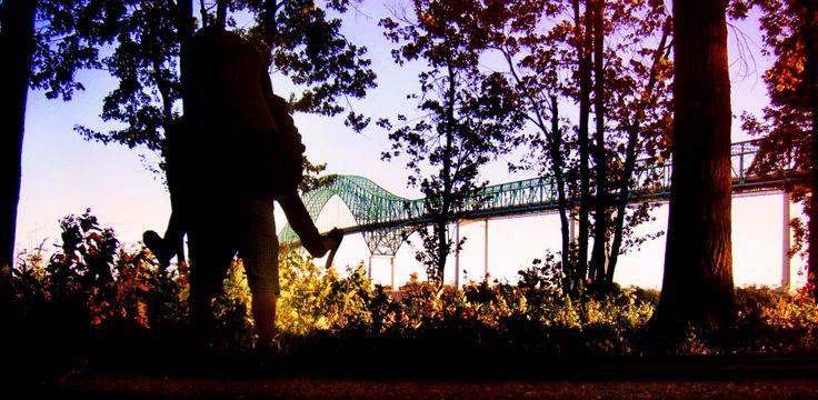 love #trois-rivières #couple #stunt #bridge #love