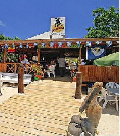 Basseterre St. Kitts Beaches | Reggae Beach Bar & Grill Restaurant Reviews, Basseterre, St. Kitts ...