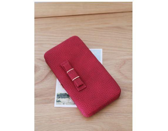 Velmi prostorná kožená dámská peněženka s mašličkou – červená – SLEVA 70 % + POŠTOVNÉ ZDARMA Na tento produkt se vztahuje nejen zajímavá sleva, ale také poštovné zdarma! Využij této výhodné nabídky a ušetři na …