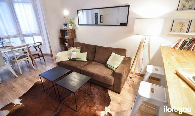 #proyectocorcega #iloftyou #interiordesign #barcelona #lowcost #catalunya #ikea #ikeaaddict #salon #livingroom #maisonsdumonde #kenayhome #vintage #industrial #damajuana #eucaliptus #madera #kitchen #tripod #wegnerchair #tolix #alfombradevaca #ribba