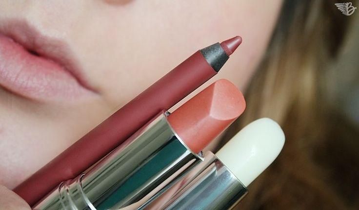 """Fragt Ihr Euch wie jemand einen perfekten Kussmund hinbekommt? Mir ging es genauso. Deswegen wollte ich wissen wie es die Profis machen und habe den Kurs Nr. 5 """"Klassisches Lippen Make Up schminken lernen"""" Step by Step dokumentiert.  Lippen schminken ist jetzt total einfach und jeder kann es nachmachen!   #Beautyblog #Schminkschule #MakeUp #Lippenstift #Lipliner #Lippenpflege #lernen #lippen"""