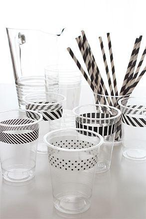 16 ideas para una celebración infantil. Vasos decorados con washi tape #party #fiesta #diy