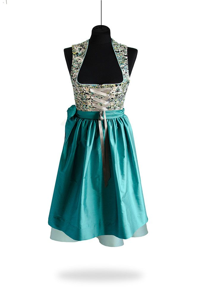 "St★Malene › Classic Dirndl ""Silk Dream 1"""