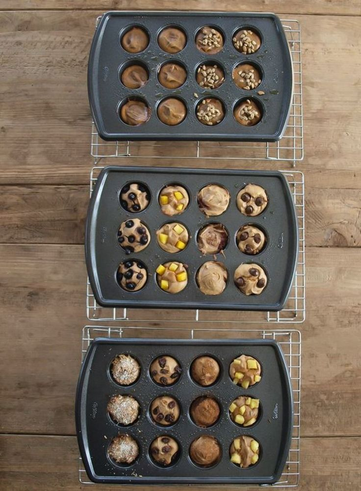 5-ingredient blender muffins-15 ways.  This healthy blender muffin recipe is made with NO flour, NO oil, and NO sugar. This recipe will change your life!