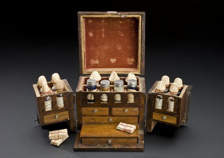 apothecary case