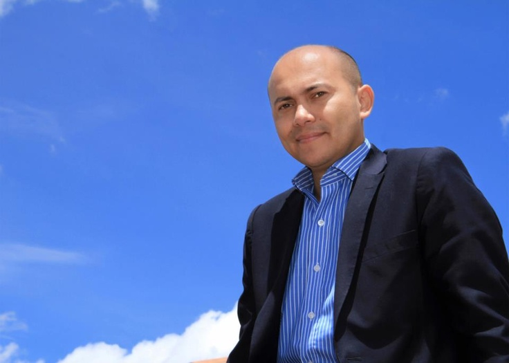 Julián Andrés Páez  Empresario  Llega a la India en 2009