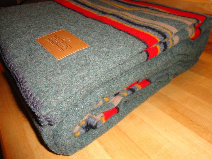 """NWT PENDLETON WOOL BLANKET TWIN BLANKET EARTH GREEN & NAVY RED AC """"MADE IN USA"""" #Pendleton"""