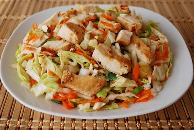 healthy oriental chicken salad! the whole thing is just over 300 calories!