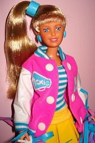 I *loved* my Maxie! She was way better than Barbie, with that comfy knit leotard and sideways ponytail. She was awesome!