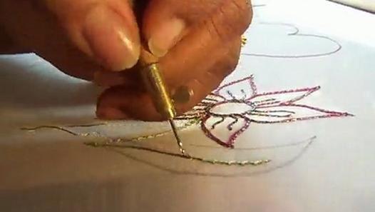 SAL - petite fleur au crochet de lunéville - étape 3.1