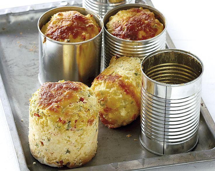 Mieliebrood met pynappel Bak hierdie smullekker broodjies in inmaakblikke. Genoeg vir: 4-6 blikke Bereidingstyd: 25...