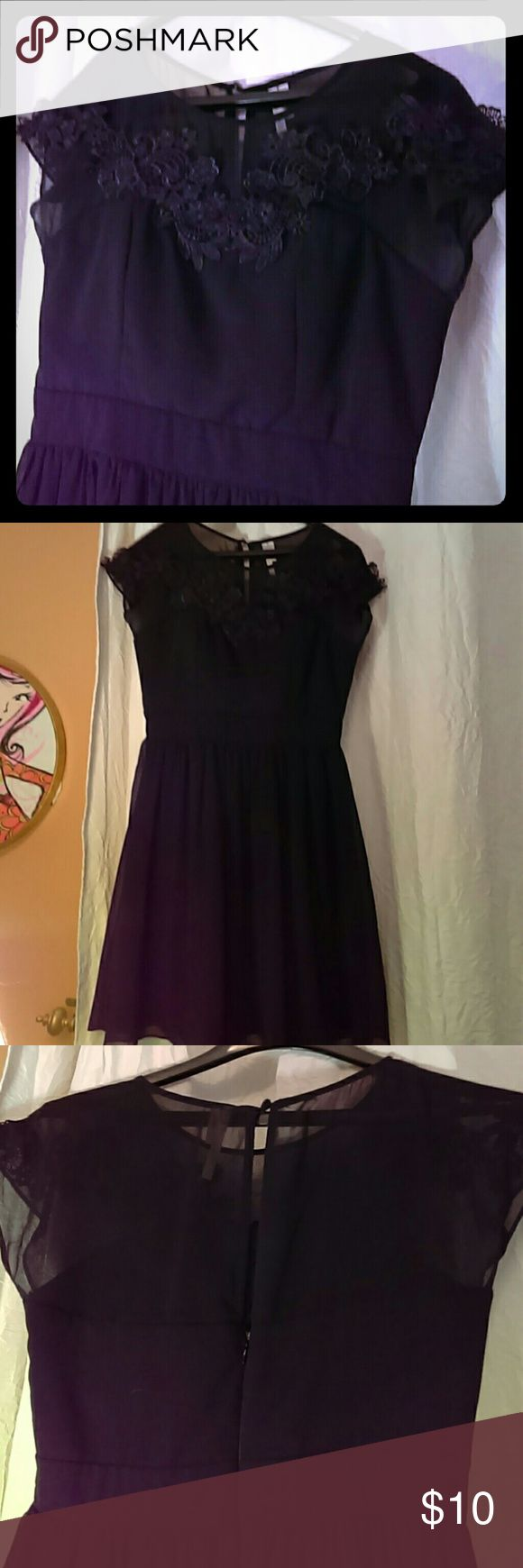 Elegant black dress! Lace trim, sheer, back, keyhole button, USA. Size S/C only worn once for the holidays. point Dresses Midi