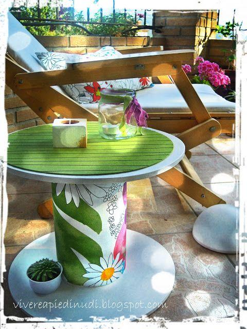 Repurposed forniture-Vivere a piedi nudi - living barefooted: trasformare un rocchetto in tavolino Like our Facebook page! https://www.facebook.com/pages/Rustic-Farmhouse-Decor/636679889706127