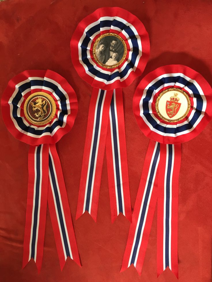 Wings of Whimsy: DIY Norwegian National Day Rosette Tutorial #vintage #printable #ephemera #norwegian #national #day #may #17th #royal #king #queen