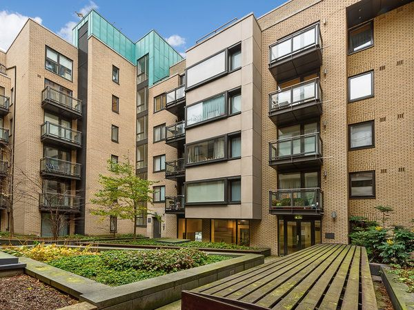 77 Smithfield Market, Smithfield, Dublin 1 - 3 bed apartment for sale at €360,000 from Hooke & MacDonald. Click here for more property details.