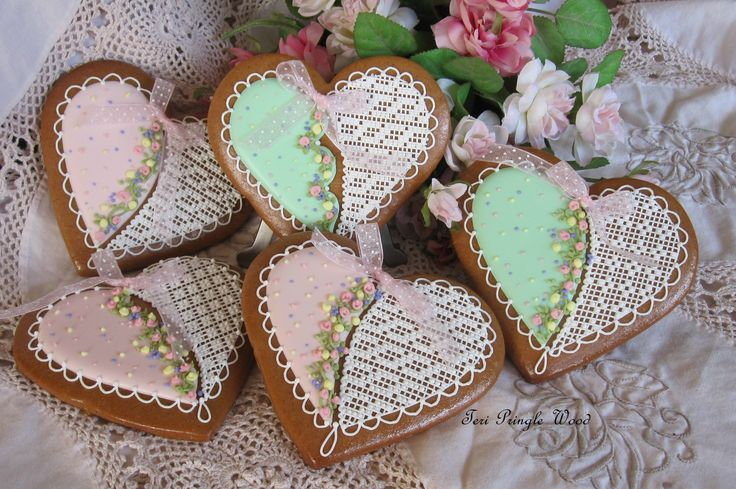 decorated cookie gingerbread heart needlepoint and flowers