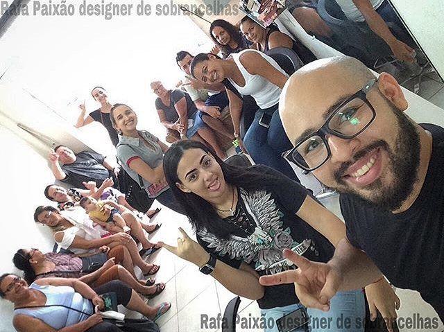 #Sobrancelhas com #Henna  #sobrancelhas3d #sobrancelhafioafio #designdemoda #micropigmentacao #microagulhamento #microblading  #micro #deontem #dermografo #dermocamp #dermocampmicropigmentação #mulhereslindas  #mulhermaravilha