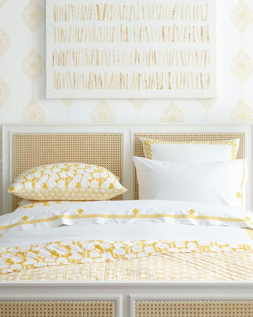 A Beautiful Bedroom How To Choose Bedding Bed Yellow Bedding