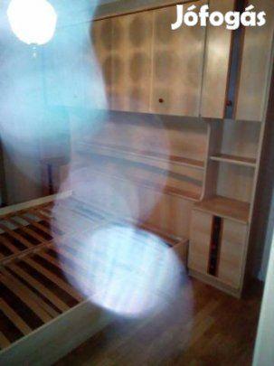 Eladó Hálószoba bútor: Eladó a képen látható bútor,hibátlan állapotban.