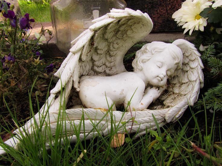 #lepäävä #enkeli