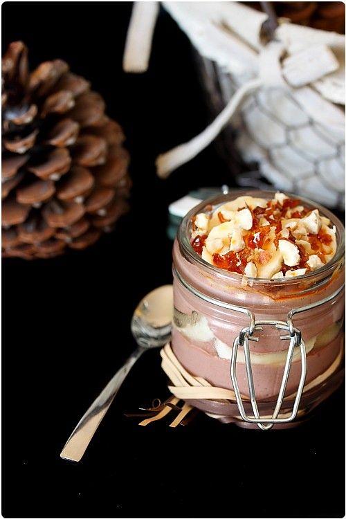 Verrine mascarpone banane chocolat http://www.chefnini.com/verrine-mascarpone-chocolat-banane-et-noisettes-caramelisees/
