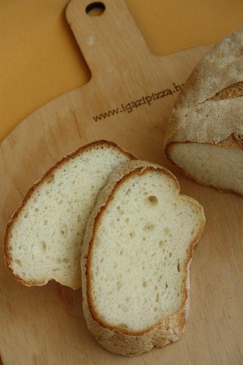 Gluténmentes kenyér sütőkövön sütve
