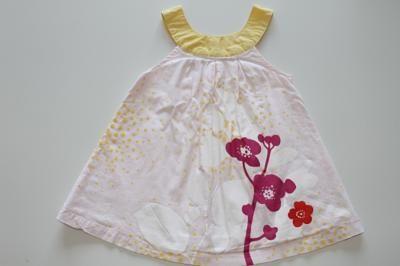 Puéribourse :  1ere bourse puériculture en ligne. robe Vertbaudet 12 mois vêtement mode bébé fille printemps / été