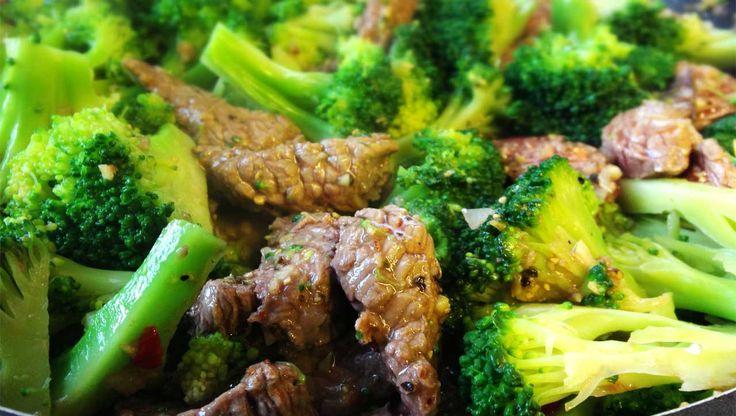Asiatische Rindfleisch-Brokkolipfanne
