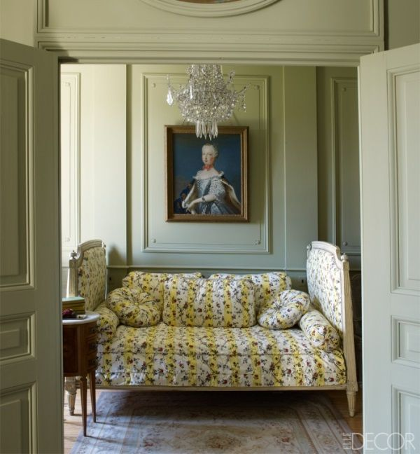 How Young Paris Designers Decorated Hermes Home with Aubusson Rugs