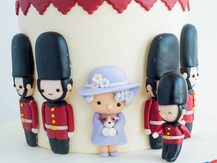 london guard birthdAy cake - Google Search